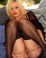 Alexis Texas in a sexy black lingerie